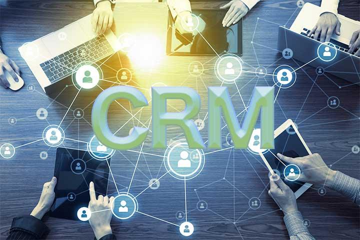 顧客との関係を構築するCRM